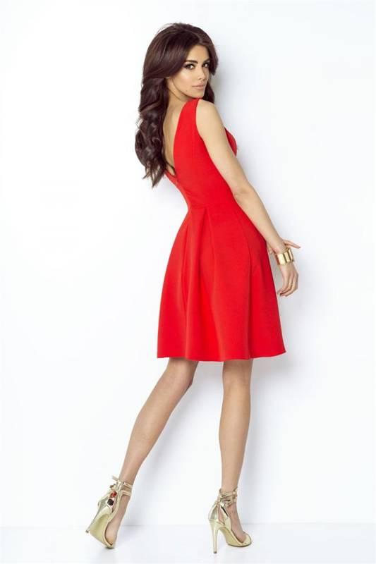 tailor czerwona elegancka mini sukienka rozkloszowana na imprezę