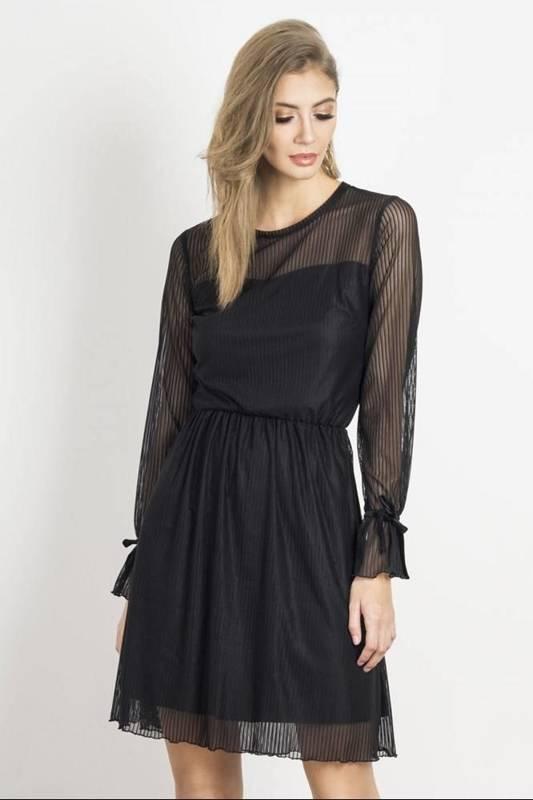 swing mała czarna elegancka sukienka rozkloszowana boho