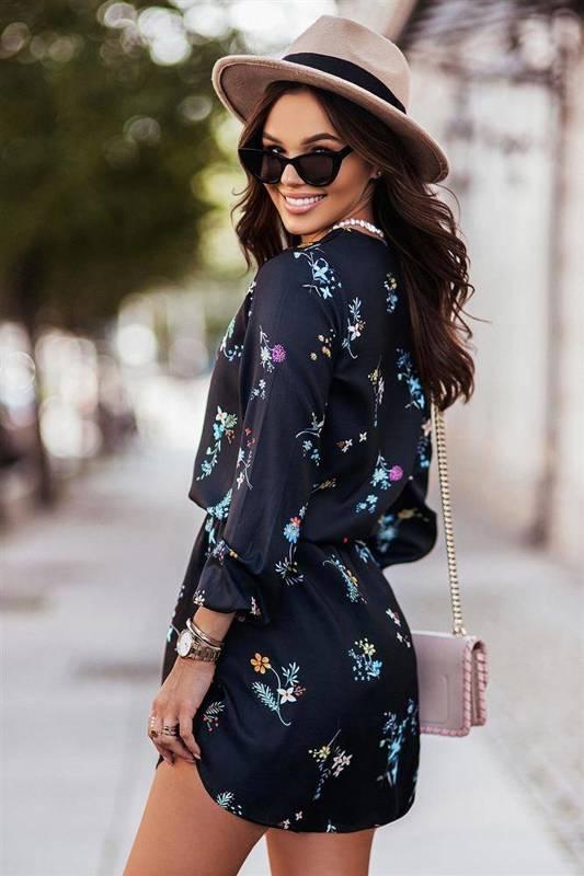 w kwiaty carla krótka granatowa sukienka rozkloszowana