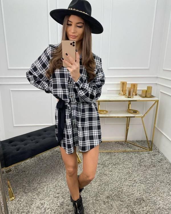 Sukienka koszulowa Kaylani- czarna kratka