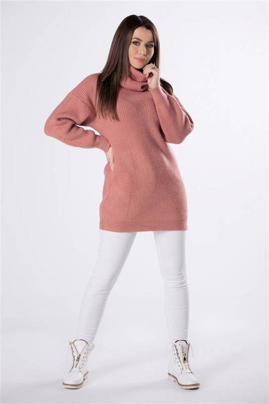 sweter z dodatkowym golfem